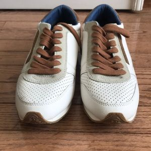 BRAND NEW Kenneth Cole reaction sneakers